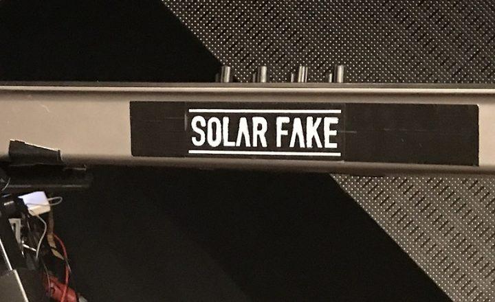 Solar Fake Schriftzug
